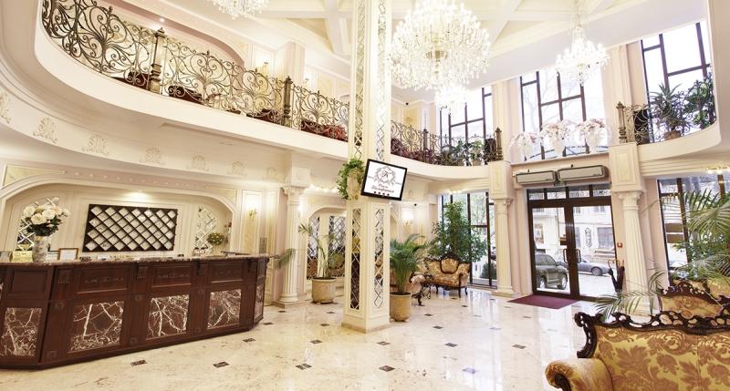 California Hotel 5* (Odessa)